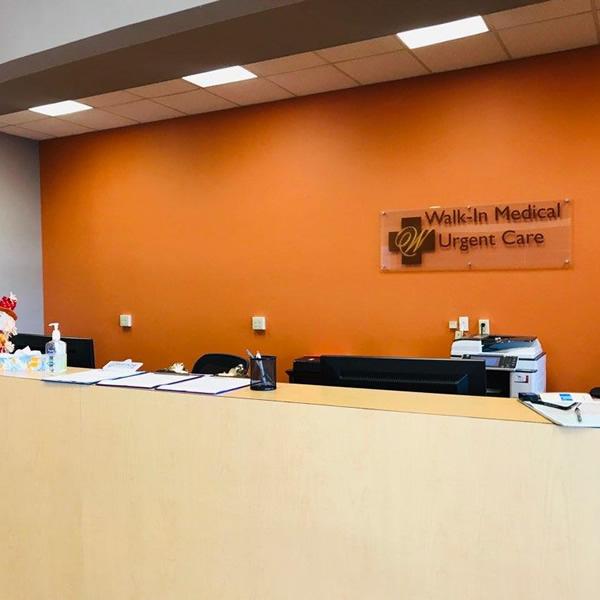 Walkin Medical Urgent Care Reception Desk